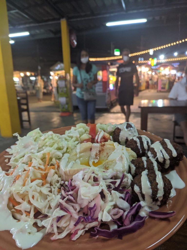 vegan hummus falafel bowl thong sala