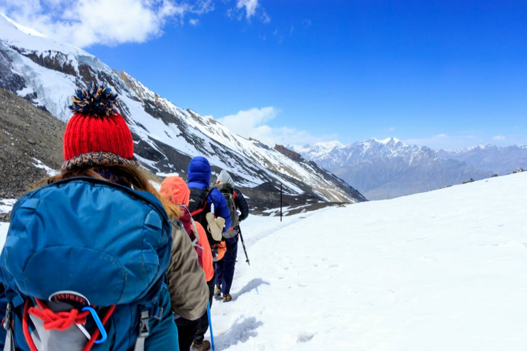 nepal adventure mountain hike