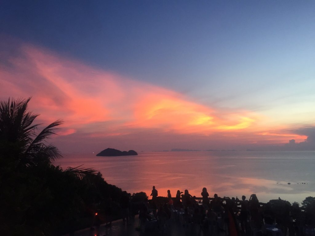 stunning sunset in koh phangan