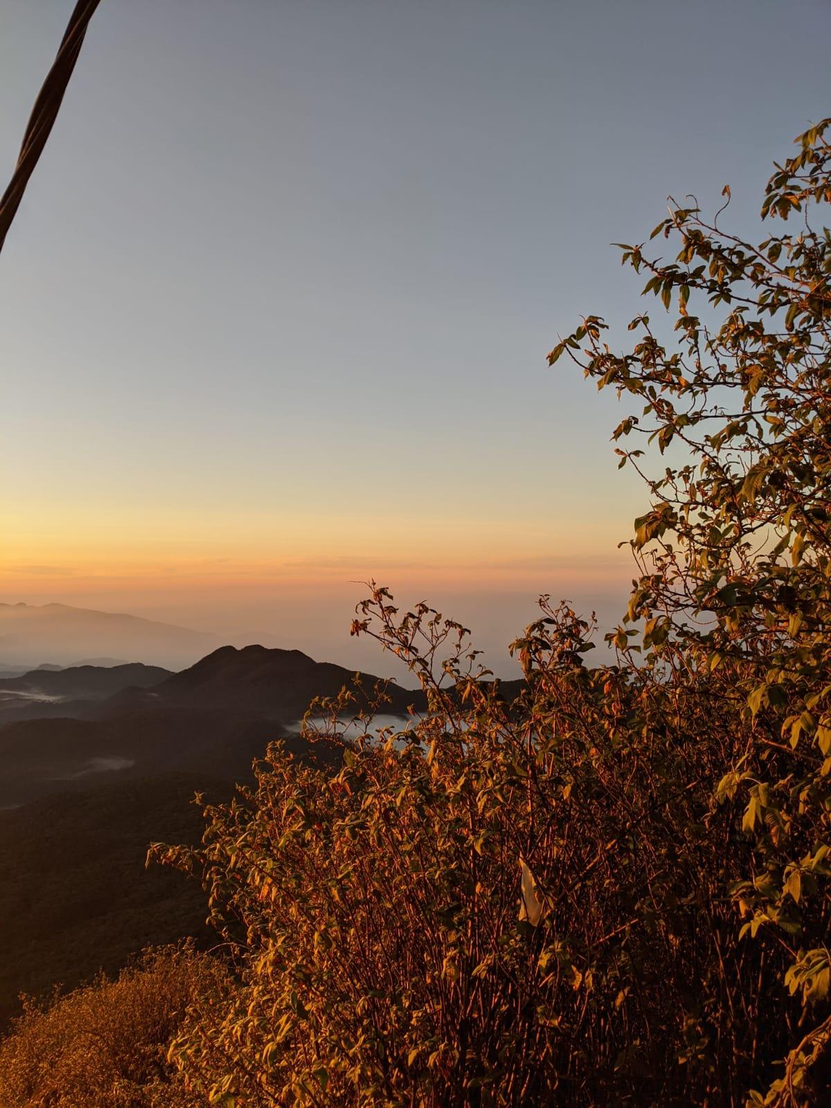 adam's peak view sri lanka
