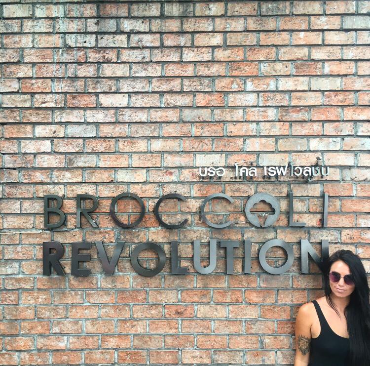 bangkok vegan restaurant broccoli revolution