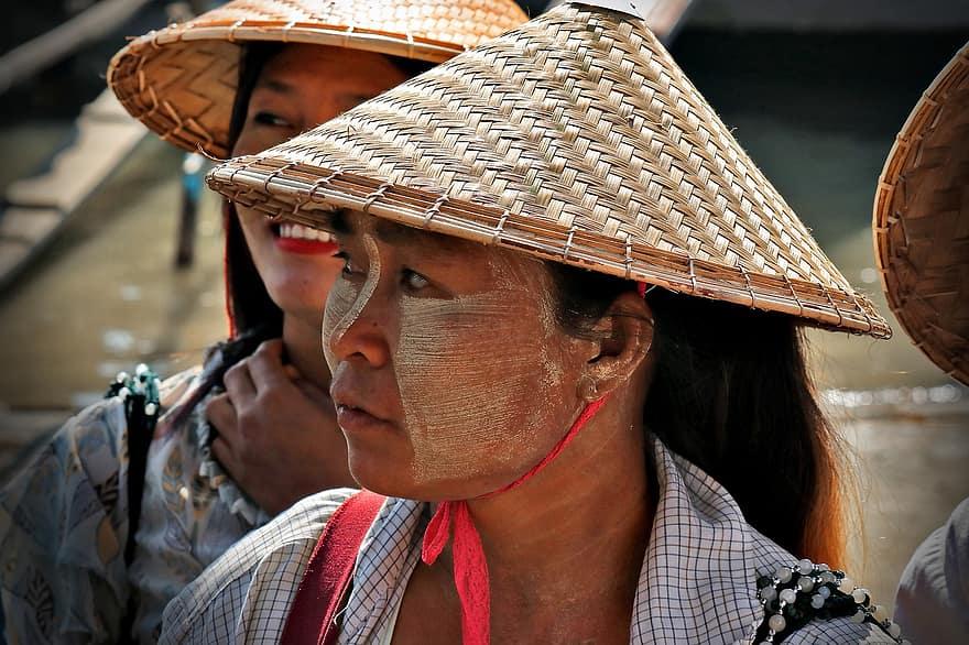 myanmar paint on faces