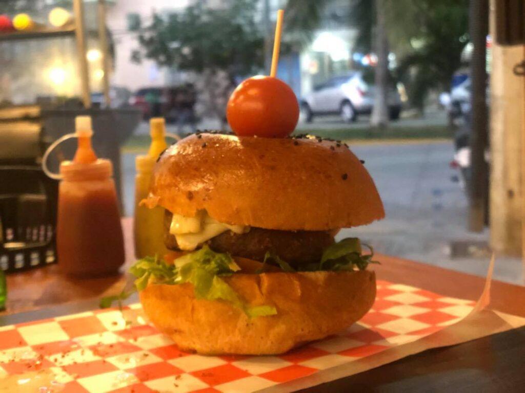 beyond burger in playa del carmen
