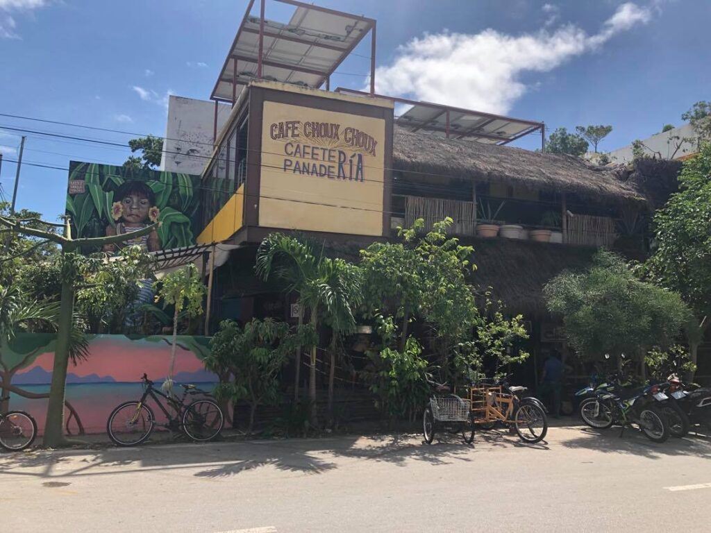 working cafe playa del carmen