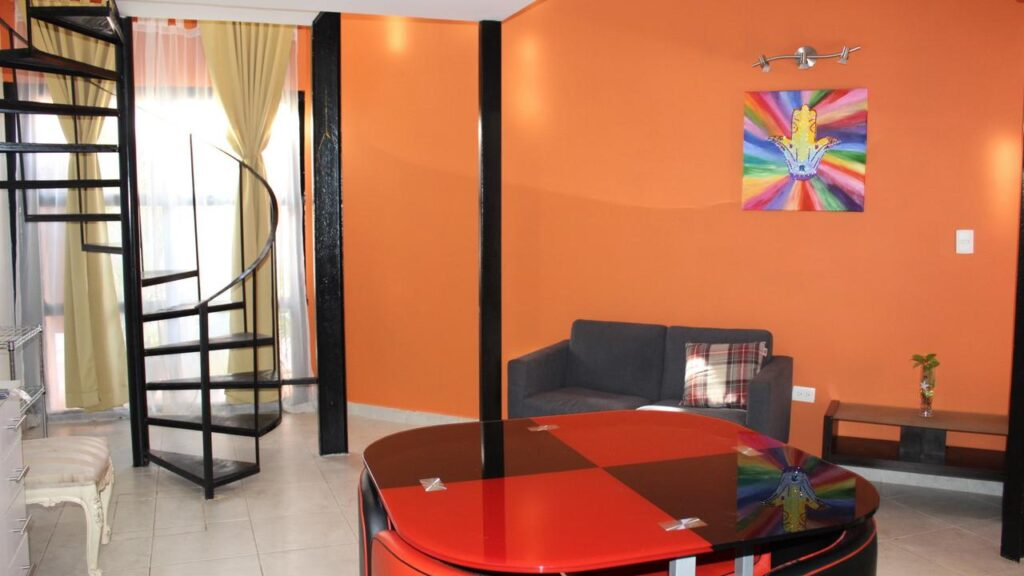 budget accomodation in cancun mexico