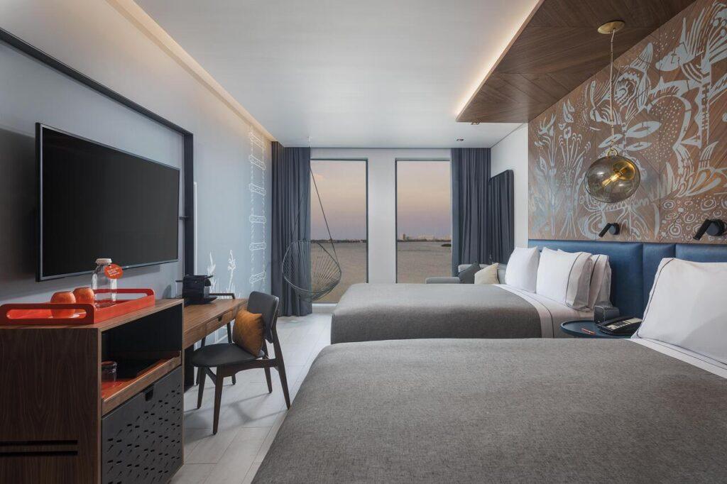 mid-range hotel in cancun