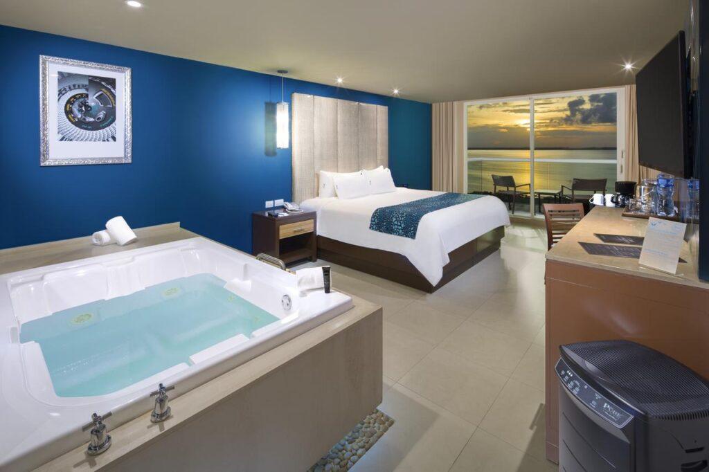 hard rock hotel room cancun