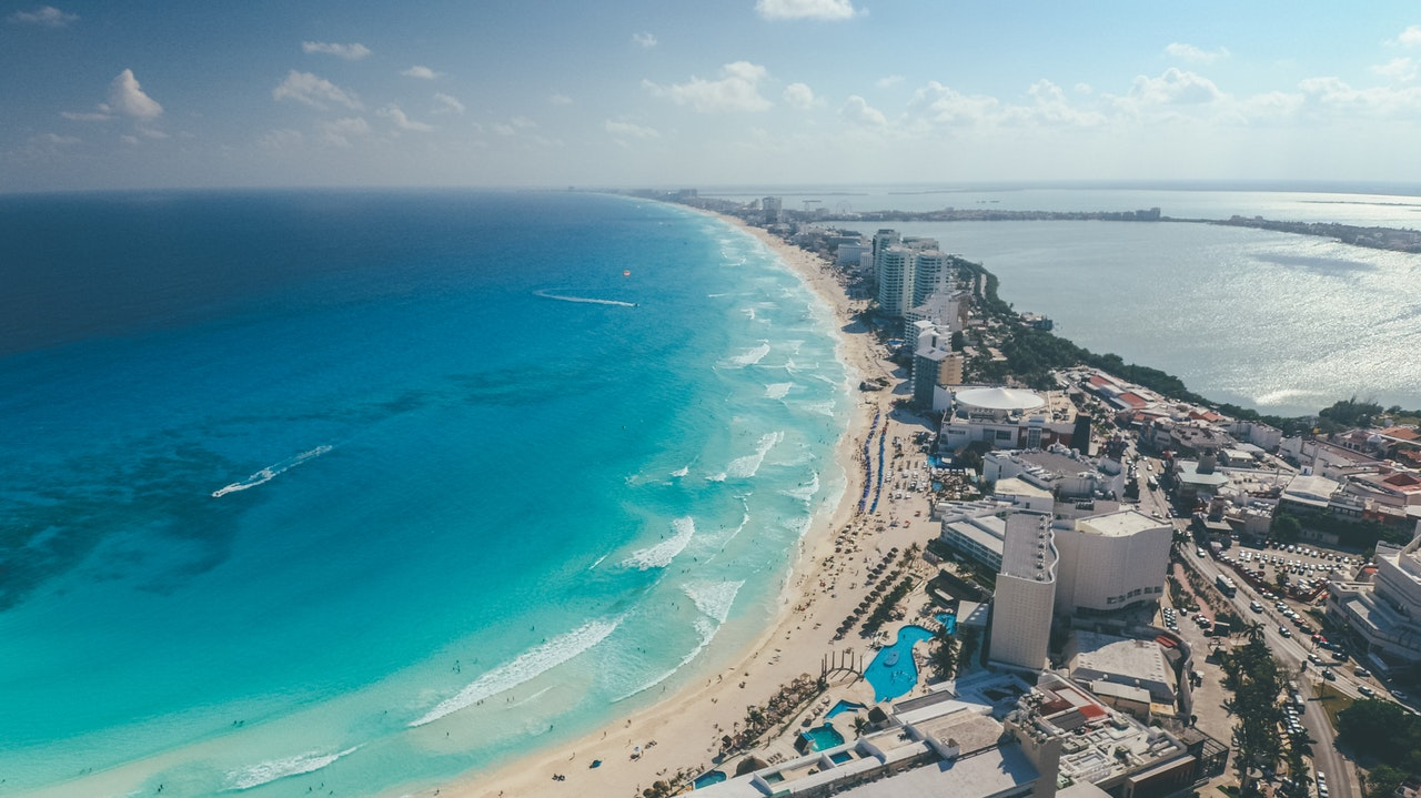 where to stay in cancun guide