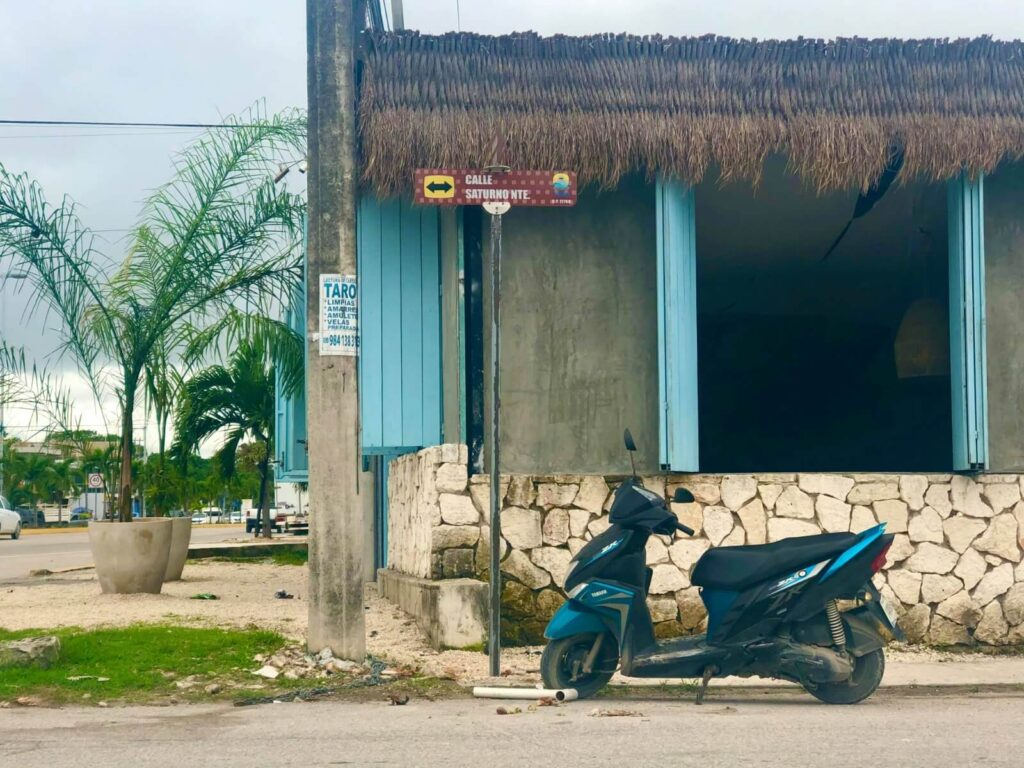 tips for driving scooters in tulum