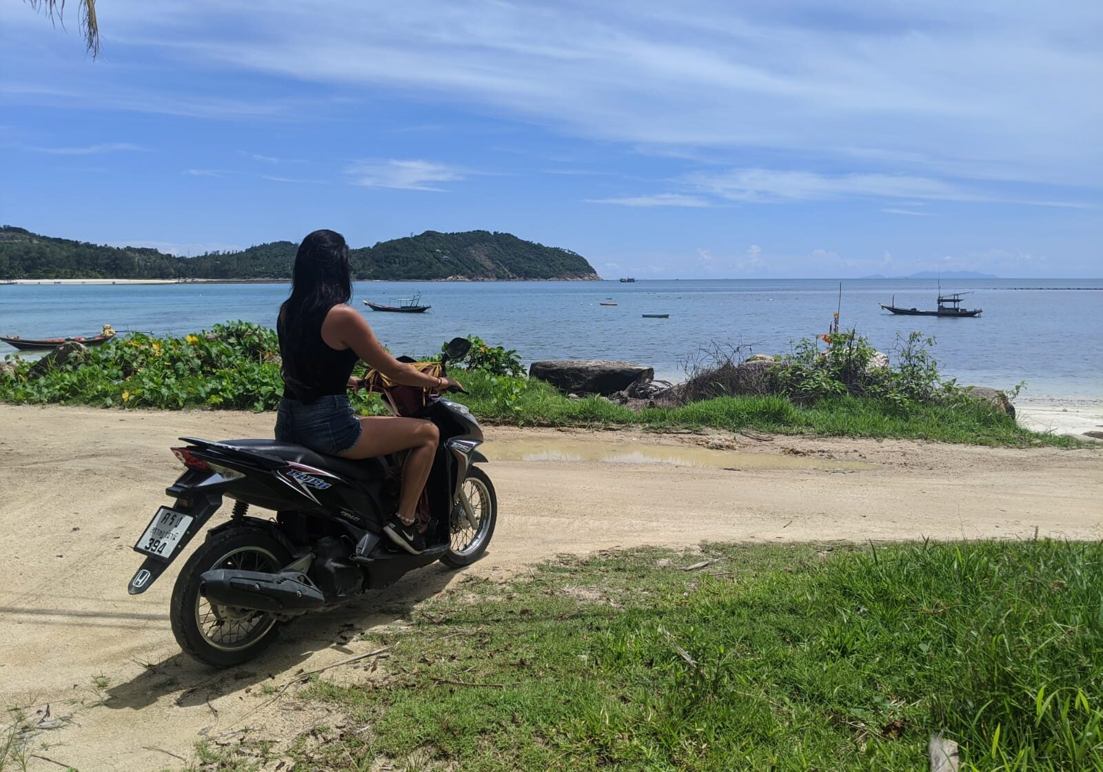 renting a motorbike in koh phangan
