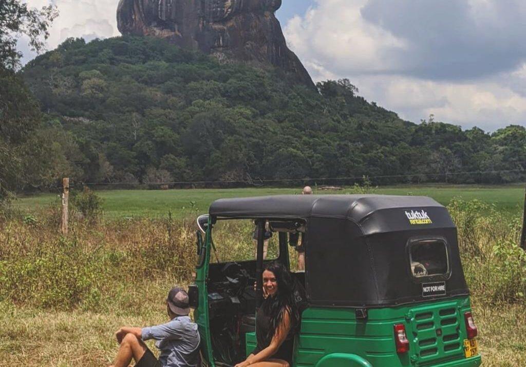tuktuk rental sri lanka