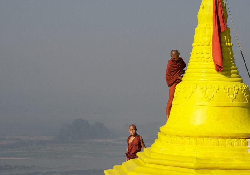 sleeping with monks in myanmar temple